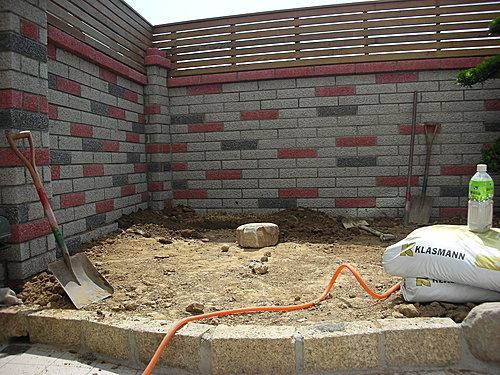 保护排水板的临时道路