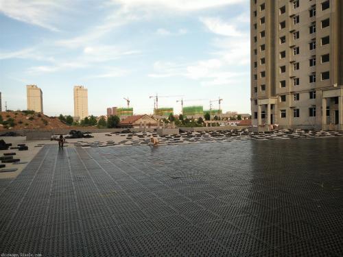 小区排水板(疏水板)施工场景图