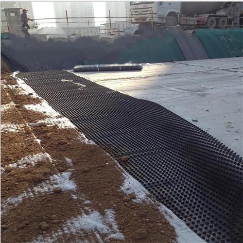 排水板被覆盖土工布