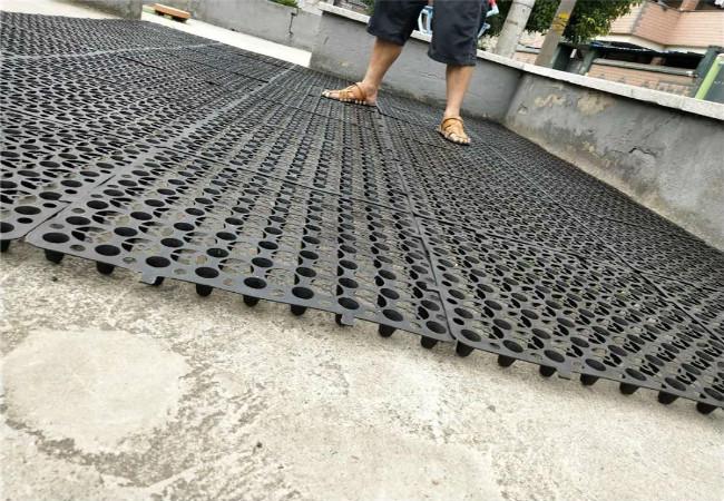蓄排水板展示